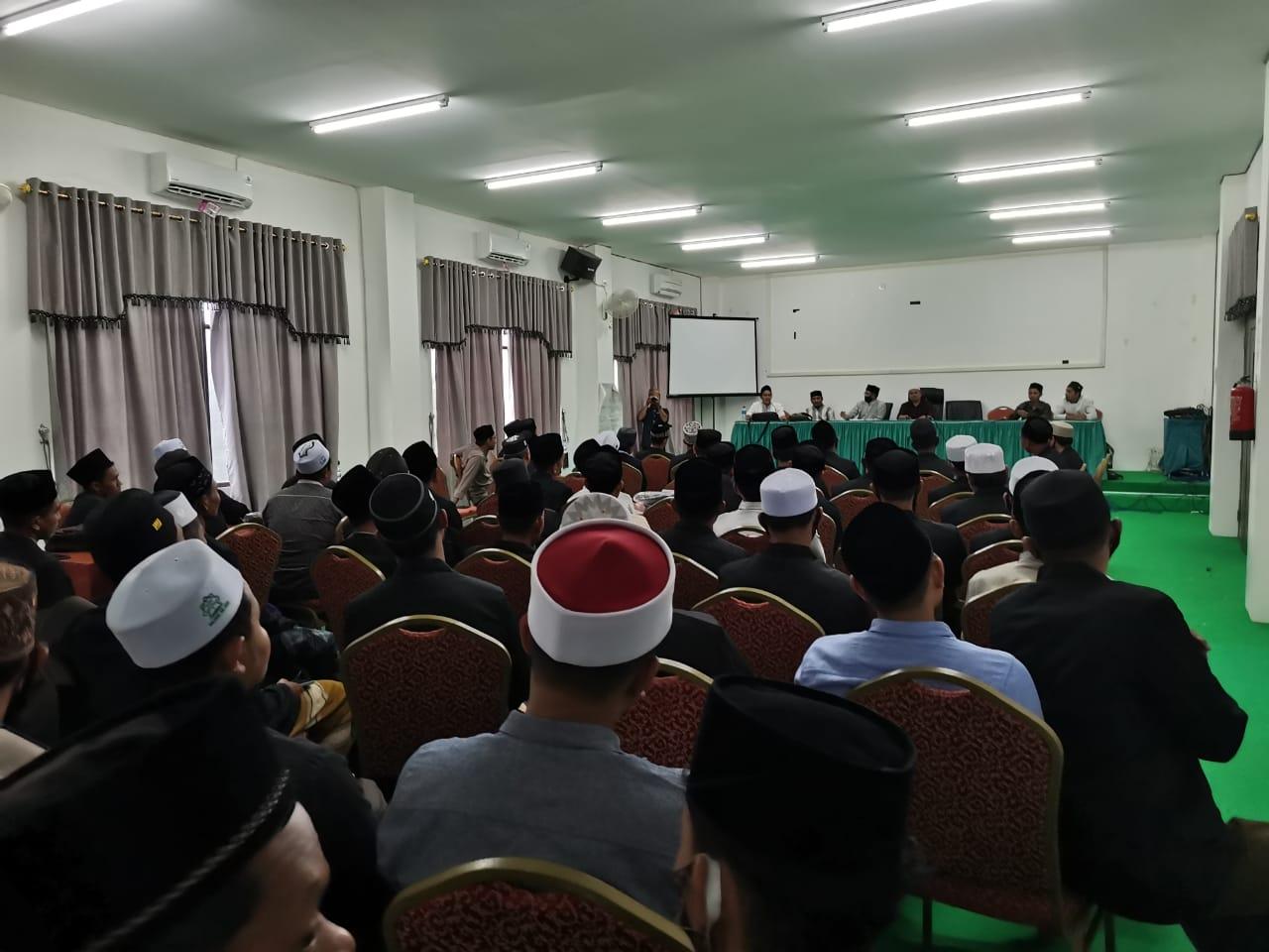 IAI Al-Aziziyah Samalanga Gelar  Perbekalan Mahasiswa KPM